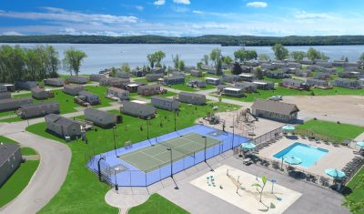 A multi-sports court, large pool and splash pad are all sure to amaze and entertain the kids!