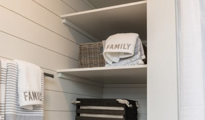 The Ruby Tiny Cottage - Loads of storage for the whole family!